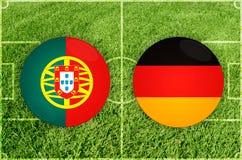 Portugal versus de voetbalwedstrijd van Duitsland Stock Fotografie