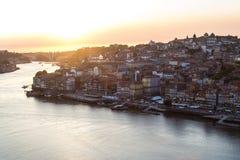 Portugalia bridżowy miasta budowy douro nad część Porto Portugal rzeką Zdjęcie Royalty Free