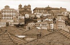 Portugalia bridżowy miasta budowy douro nad część Porto Portugal rzeką widok z lotu ptaka W sepiowy stonowanym styl retro Zdjęcie Royalty Free