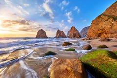 Portugalia Ursa plaży zmierzch przy Atlantyckim oceanem Fotografia Royalty Free