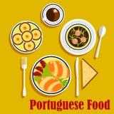 Portugese keukenempanadas, eitaartjes en koffie Royalty-vrije Stock Foto's