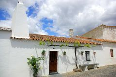 Portugese straat in Alentejo stock foto's