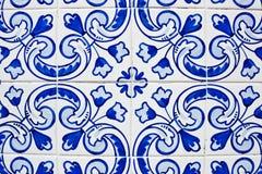 Portugiese deckt azulejos mit Ziegeln Lizenzfreies Stockfoto