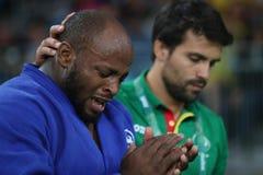 Portugiese Judoka Jorge Fonseca im Blau mit Trainer nach Verlust gegen Lukas Krpalek des Matches der Männer -100 Kilogramm der Ts Stockbild