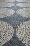 Portugiesische traditionelle kopierte Kopfsteine in Lagos Portugal Lizenzfreie Stockfotos