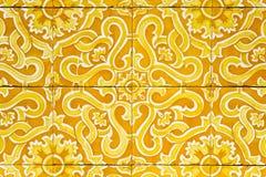 Portugis belägger med tegel azulejos Arkivfoto