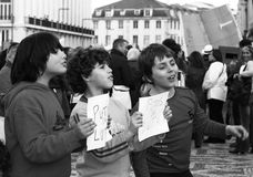portugisen protesterar ungdommen Royaltyfria Bilder