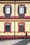 Portugisisk kolonial arkitektur i det macau porslinet Royaltyfri Bild