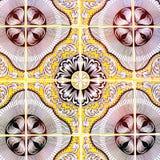 Portugisiska Retro glasade tegelplattor med den geometriska modellen, handgjorda Azulejos, Portugal gatakonst, abstrakt bakgrund royaltyfria bilder