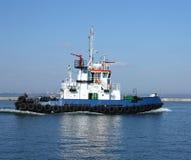 poruszający tugboat Zdjęcia Stock