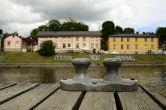 PORVOO, FINLAND - AUGUSTUS 3, 2016: Mening van de oude Finse stad royalty-vrije stock foto's