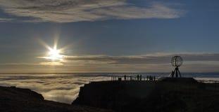 Pory nocnej słońce w Nordkapp Fotografia Royalty Free