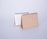porządkuje biurko kalendarz na tle lub opróżnia ilustracja wektor