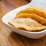 Porzione di pasticcerie dello sgombro (Empanadas) fotografia stock libera da diritti