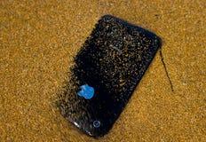 porzucający iphone Zdjęcia Royalty Free