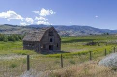Porzucona stajnia na John Carmichael Haynes farmie, Oliver BC Zdjęcie Royalty Free