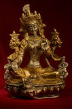 Posążek Zielony Tara na czerwonym tle Obrazy Royalty Free
