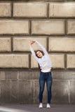 Posa d'ondeggiamento di yoga della palma Fotografia Stock Libera da Diritti