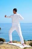 Posa del archer di yoga Fotografia Stock