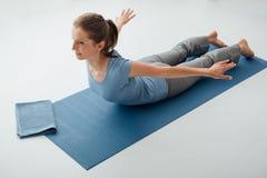 Posa di yoga Fotografie Stock Libere da Diritti