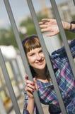 Posando dal recinto Fotografia Stock Libera da Diritti