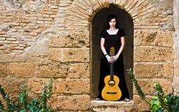 Pose d'interprète de guitare Photo stock