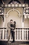 Pose de couples photo stock