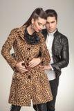 Pose de couples de mode Photos libres de droits