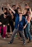 Pose de danse de disco Photographie stock libre de droits