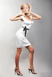 Pose de fille de mode photo libre de droits