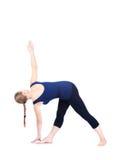 Pose de triangle de yoga Image stock