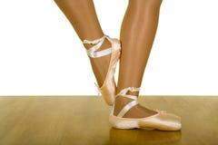 Pose di allenamento di balletto Immagini Stock