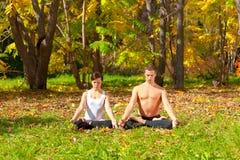 Pose do padmasana da ioga imagem de stock royalty free