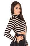 Pose hispanique de brune modèle femelle magnifique Image libre de droits