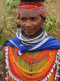 Pose tribali della donna di Bonda per un ritratto Immagine Stock Libera da Diritti