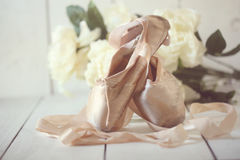 Posed Pointe Shoes in Natural Light Royalty Free Stock Photos