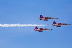 POSEN, POLEN - 14. JUNI: Aerobatic Gruppenbildung Lizenzfreies Stockfoto