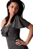 posera kvinna för afrikansk beautifull dig som är ung Arkivfoton