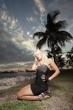 posera kvinna för park Royaltyfri Fotografi