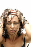 posera sexigt kvinnabarn för regn royaltyfri fotografi