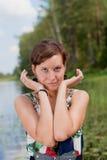 posera vattenkvinna Arkivfoton