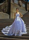 Poses modèles de Kalyn Hemphill dans le Central Park Photo stock