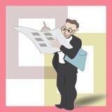 A posição do homem lê o jornal e escreve-o com pena Imagem de Stock Royalty Free