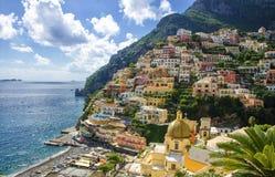 Positano en la costa de Amalfi, Italia Foto de archivo