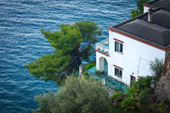 Positano, ITALIË - JUNI 01: Huis op de Amalfi kust, Positano, Italië op 01 Juni, 2016 Stock Foto