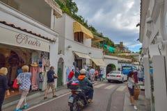 Positano, ITALIE - 1er juin : Rue de Positano, Italie le 1er juin 2016 Photos libres de droits
