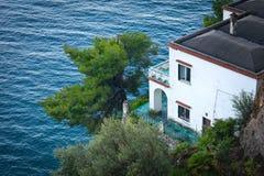 Positano ITALIEN - JUNI 01: Hus på den Amalfi kusten, Positano, Italien på Juni 01, 2016 Arkivfoto