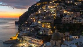 Positano, pueblo mediterráneo hermoso en la costa Italia, timelaps de Amalfi almacen de metraje de vídeo