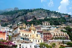 Positano Stadt während des Sommers, Neapel, Italien Lizenzfreies Stockfoto