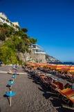 Positano strand - Amalfi kust, Italien Royaltyfri Bild